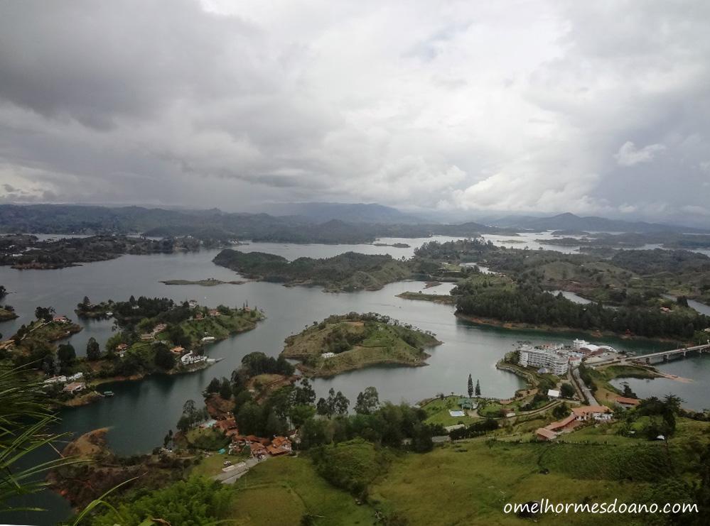 Piedra del Peñol: muitos degraus e uma vista linda da Colômbia