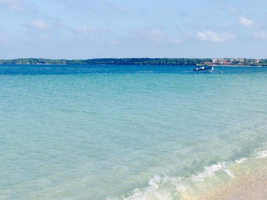 Playa Blanca: a maneira mais barata de se conhecer o caribe colombiano