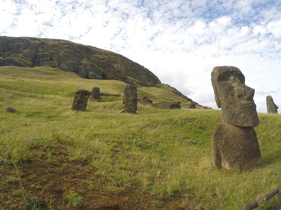 Rapa Nui: Rano Raraku, onde os moais nasciam